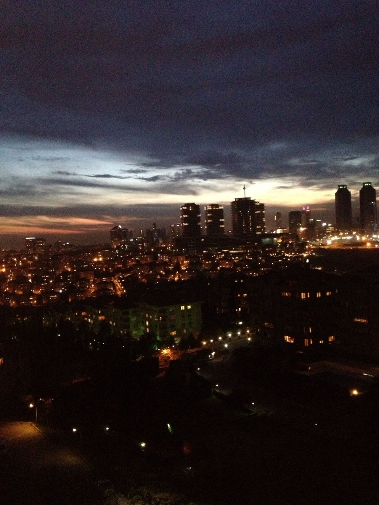 Istanbul #sunset #sun #clouds #skylovers #sky #nature #beautifulinnature #naturalbeauty #photography #landscape EyeEm Istanbul Meetup Divearchitecture
