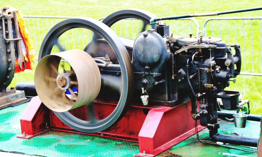 Wheel Outdoors Technology Grass No People Close-up Day Driffieldshow Stationary Stationary Engine Vintage Fair Agricultural Machinery