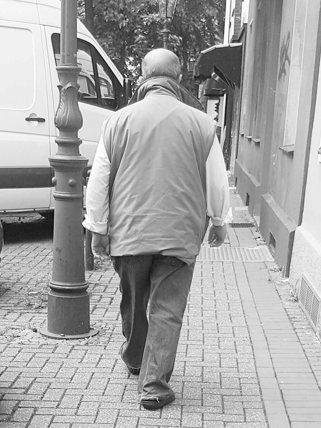 Portrait Portrait Of A Man  Portrait Photography Black And White Portrait Black And White Photography Black And White Collection  Streetphoto_bw Street Life Street Photography City Life City Street City View  Men My City Streetphoto Old Men Talking Photo People_bw Talking Pictures From Behind GalaxyS7Edge Walking People Of EyeEm Old Man Walking Alone...