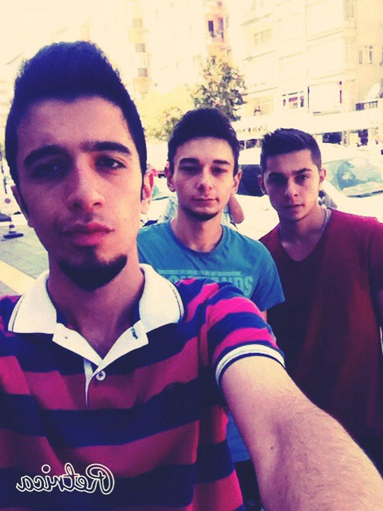 İlk fotoğrafım kardeşlerimle olsun :) First Eyeem Photo