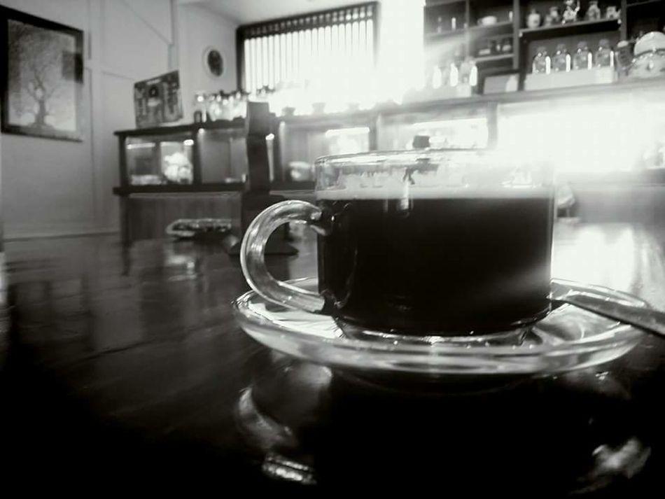 Blackcoffeeonly Relaxing Taking Photos Enjoying Life Kopitiam