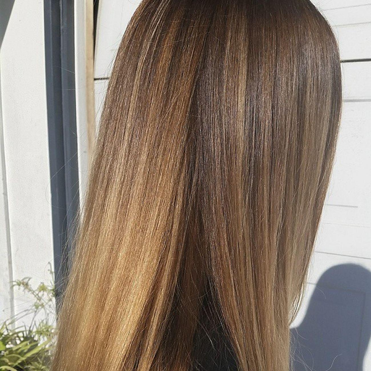 @AloxxiInternational loven your Tones GoldenBlonde ShyaneLaas Blondehairdontcare @SalonRepublicBH