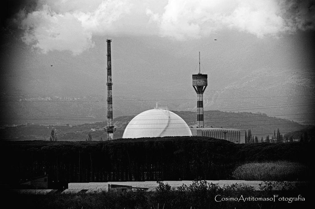 Nuclear Nucleares Pont Du Garigliano Centrale Eye4photography  EyeEm Best Shots Eyem Best Shots Eyemphotography Disaster Natural Disaster