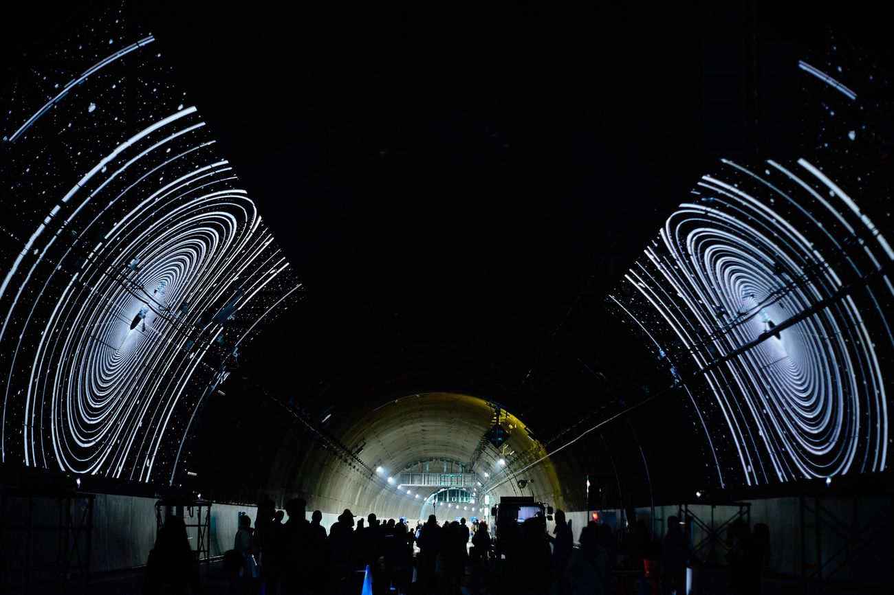 Large Group Of People Architecture Indoors  Dark Built Structure Modern Men Illuminated Real People Night People EyeEm Best Shots Eye4photography  Walking Around Highway Outdoors Road Light And Shadow Lights In The Dark Tunnel Vision Architecture Tunnels