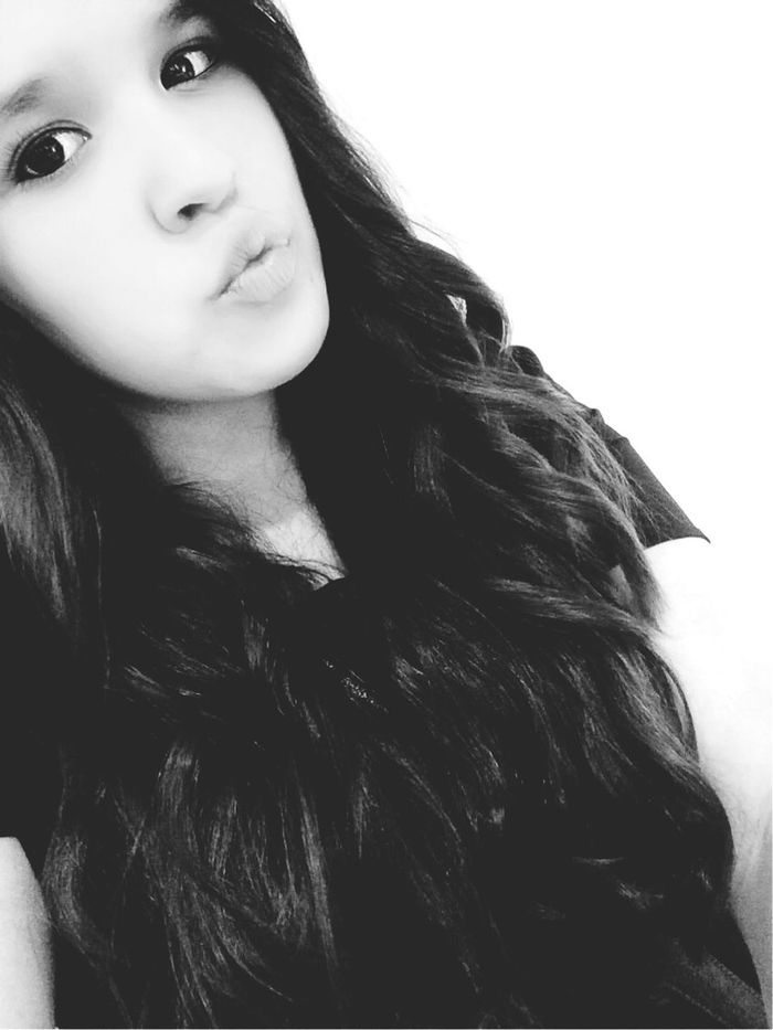 I'm not a one in a million kind of girl, I'm a once in a lifetime kind of women💕 Taking Photos Hi Blackandwhite Quote Eyes Curlyhair Freegirl Kiss