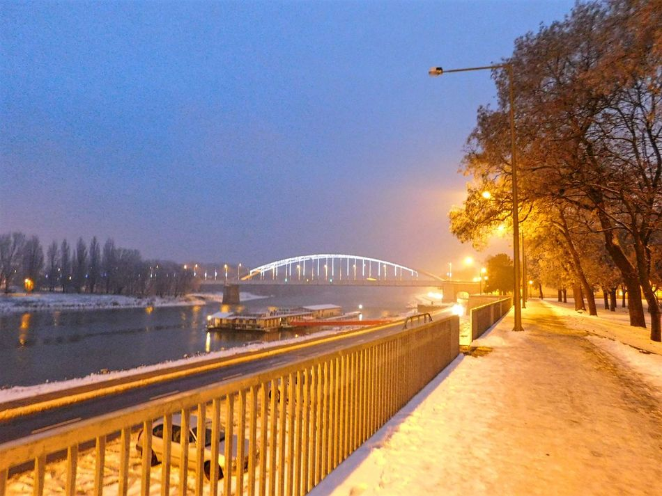 Evening Lights Riverbank Szeged Walking To Home Wintertime
