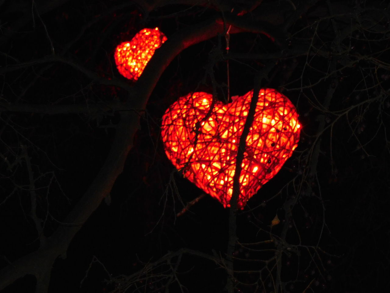 Christmas Around The World Hearts Keep The Fire In Your Heart Love Forever
