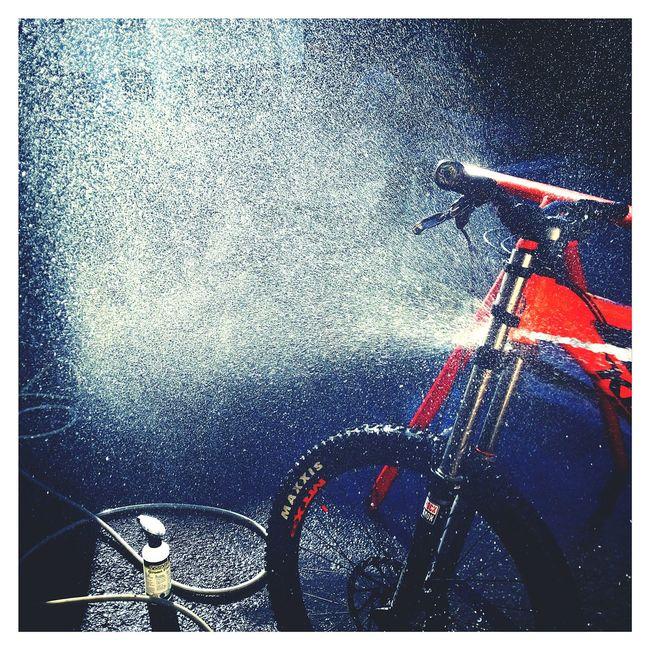 Bike wash and good light😊 Mhlchaudeurphotographies Chamonix-Mont-Blanc Bike Simple Moment Bikelife Sun Light
