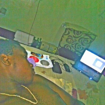 That's how my Friday is going Nd that's how it's gonna end Movies ol nyt..! TeamClassOveRsWagg TeambigFooLish TEAMbigstunna