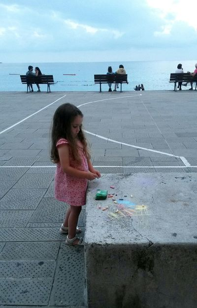 Childhood Sea Littlegirl Camogli Italia Liguriansea Ligurian Coast. Travelinitaly Romantic Couples In Love Childrenplaying Travel Destinations Play Time Childrenart Drawing LittleArtist
