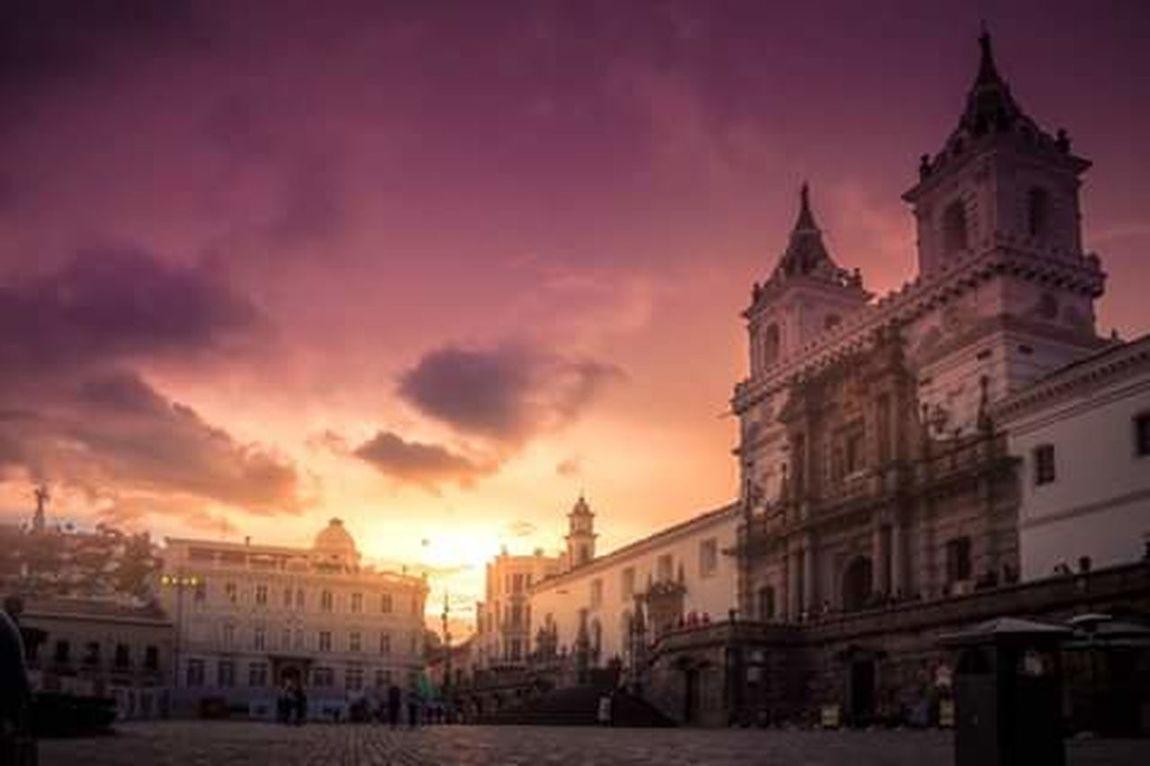 My City!! Quito Ecuador City Ecuador Ama La Vida Ecuador Cities The Best Photo Eyeem Love❤ Arquitectura Religiosa Architecture And Art