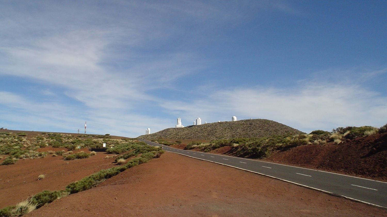 Observatorio Del Teide 2400m, Canary Islands Tenerife Observatory Mountains Sky Sky And Clouds Clouds Landscape Landscape_photography Nature Nature Photography ohne Filter 2006