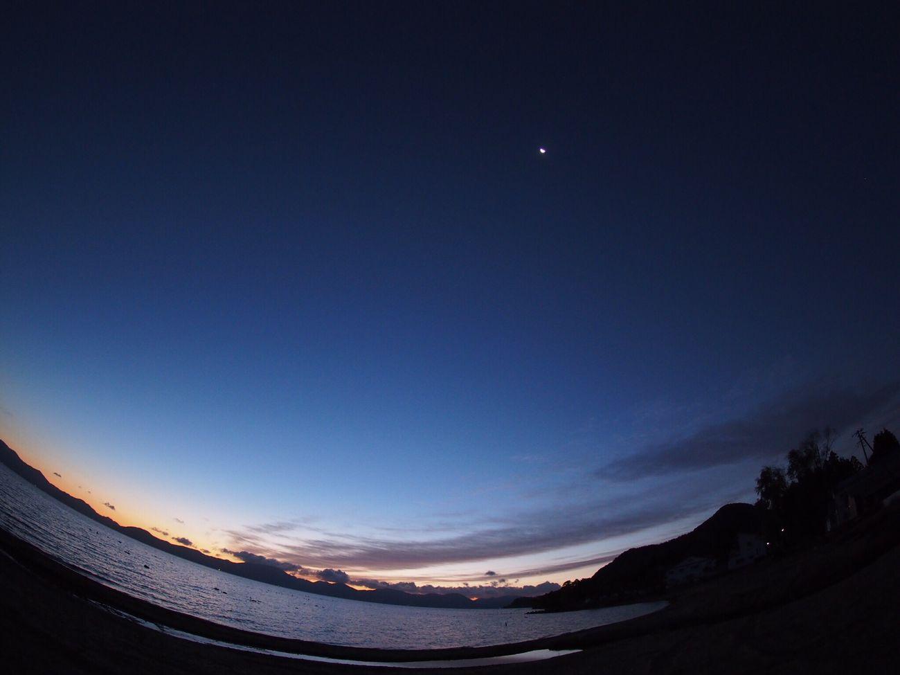 2016.10.24 会津 猪苗代湖 魚眼レンズ   会津の、この時期の空気感が魚眼に合うと思い、魚眼レンズ一本で撮影しました。
