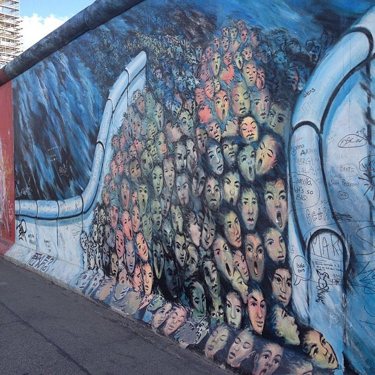 Berlin Streetart Berlinwall Freethepeople