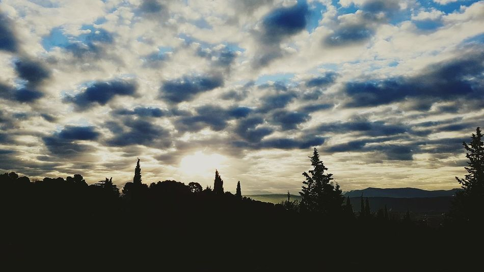 Nature Dramatic Sky Outdoors Sunrise Sky Aixenprovence Aix-en-Provence Sky And Clouds Skylovers Naturelover Morning