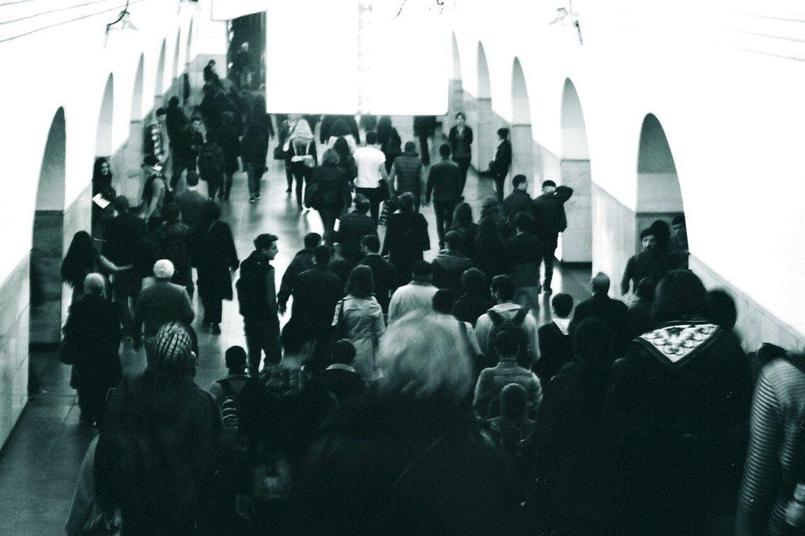 Artphotography Myphoto Eyeemphotography Myphotography. People Metro Metro Station Metro Photo Crowded Crowd Crowded Metro Crowdedplace PeopleAreStrange Blackandwhite Instalove Instagood Instagramer Inspired Insperation! Imagination Imagine