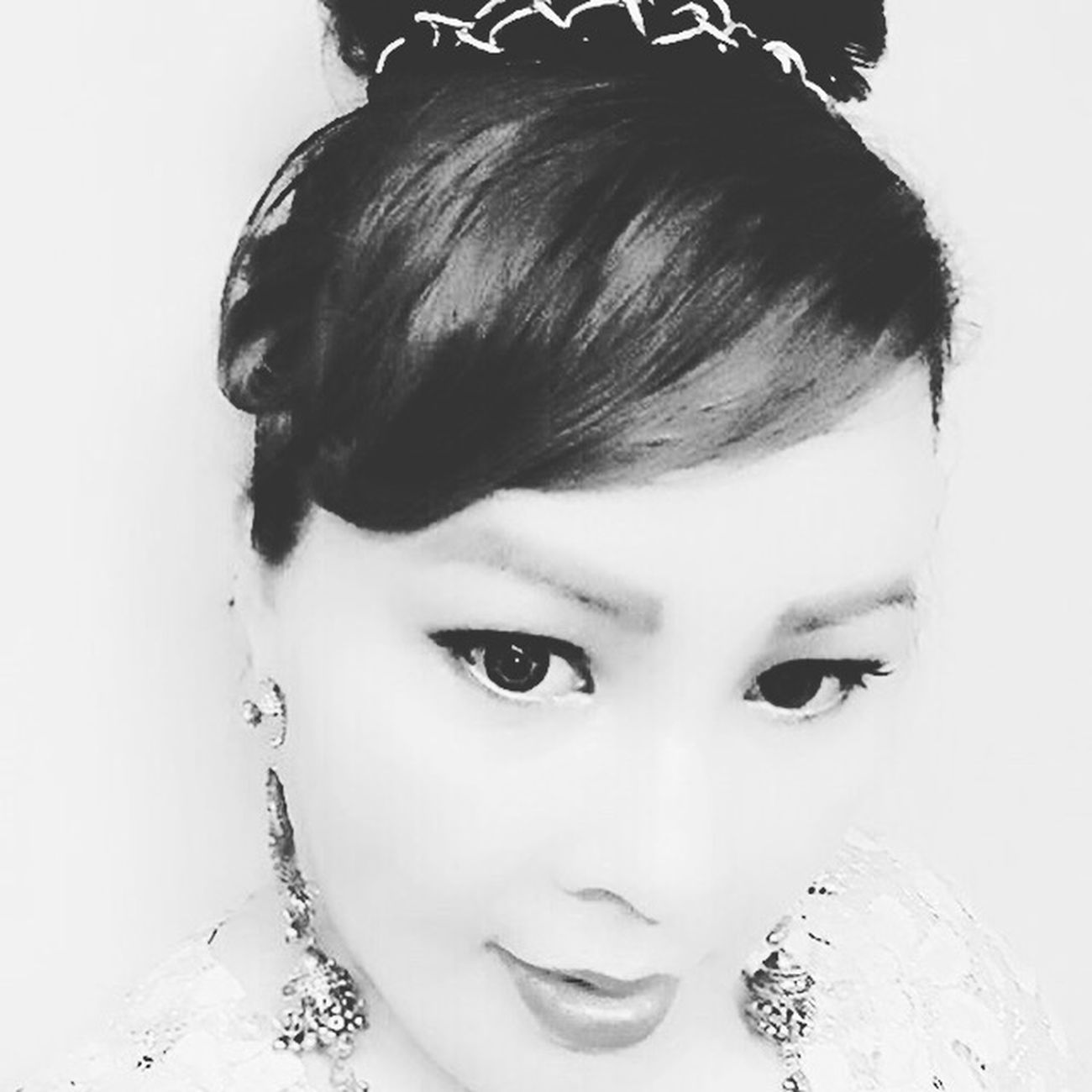 Blackandwhite Audrey Hepburn Makeover Justforfun recreating the look but not the same 😜😜😜 That's Me Practicing Fashion&love&beauty For My Own Photo Journal How Do I Look?