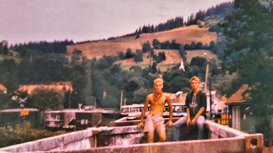 Freedom Hanging Out That's Me Travel Trains Vagon Adventure Adventure Buddies Blonde Hair Youth Badass Bad Boys Bad Boy  Don't Give A F***! Rough OldschoolPunk Hills Vintage Traveling Travelgram Home Is Where The Art Is