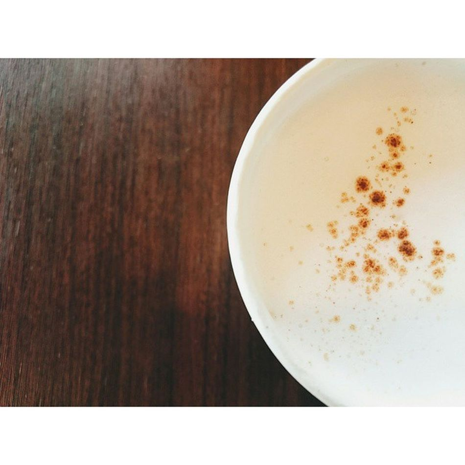 ☕ Cappuccino . |สำหรับการเริ่มต้นใหม่ๆ สู้ๆนะ ปุยนุ่น 😊 . @blackcanyonthailand . . . . Coffee Cappuccino BlackCanyon Blackcanyonthailand Blackcanyoncoffee Freedom VSCO Vscocam Relax Relaxtime Photooftheday Nice Morning Breaktime