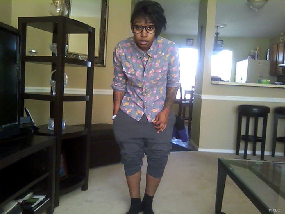 Goodmorning :) I'm Single BINGO... Add Me On Snapchat @itscharliefree or Kik Me :)