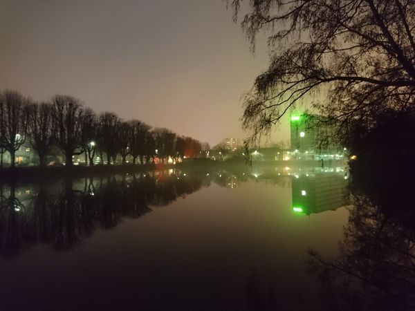 Gute nacht... Reflection Tree Water No People Outdoors Nature Good Night World EyeEm Best Shots EyeEm Deutschland Streamzoofamily Xperiaphotography IMography Sony Xperia Zr 🇩🇪Germany Sony Xperia Photography. Welcome To Black