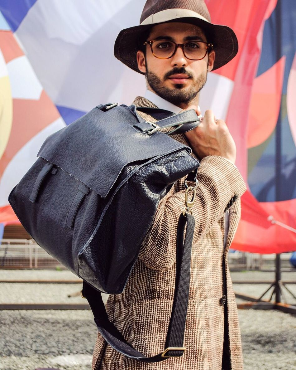 I love this unique bag produced by @markiaroworld - Only Italian style! If you want to know more detail about it ask me everything below 👇🏼👇🏼👇🏼 #marcoparrino #pittiuomo90 #markiaro #bag #italy Outfit Italy Marcoparrino Fashionblogger Blogger Vogue Man Style Fashion Italia Beautiful Model Outfit OOTD Summer Sun Outfit #OOTD Happy Goodmorning Comment Love Goodnight