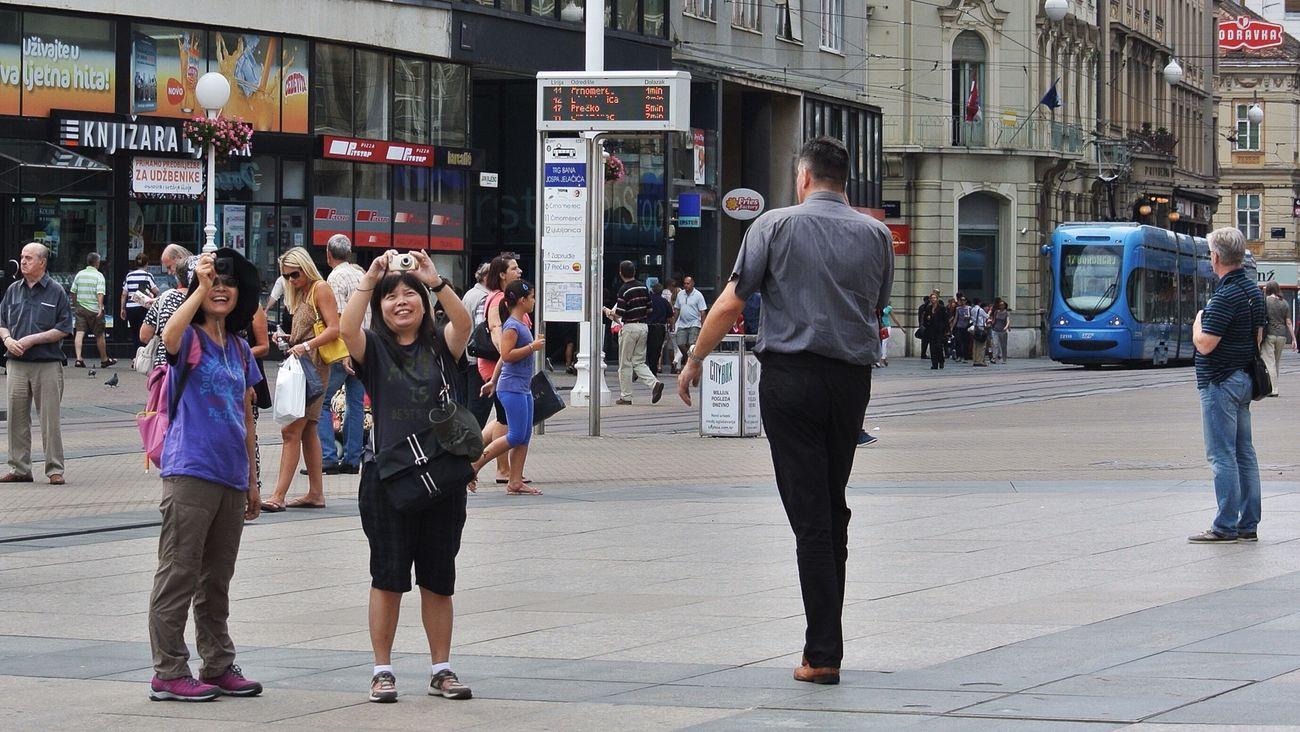 always happy Nikon 1 V1 Zagreb Tak Imam Te Rad Streetphotography