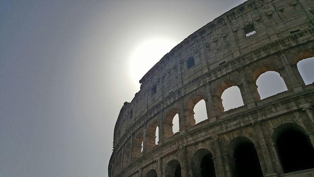 Colosseo Coluseum Roma Italy Taking Photos Hello World Themostbeautifulcity  Eyemphotography EyeEm Gallery Eyem Best Shots Followme Anfiteatroromano Cameraneverstops Ilovetotakephotos Annusdomini Caput Mundi