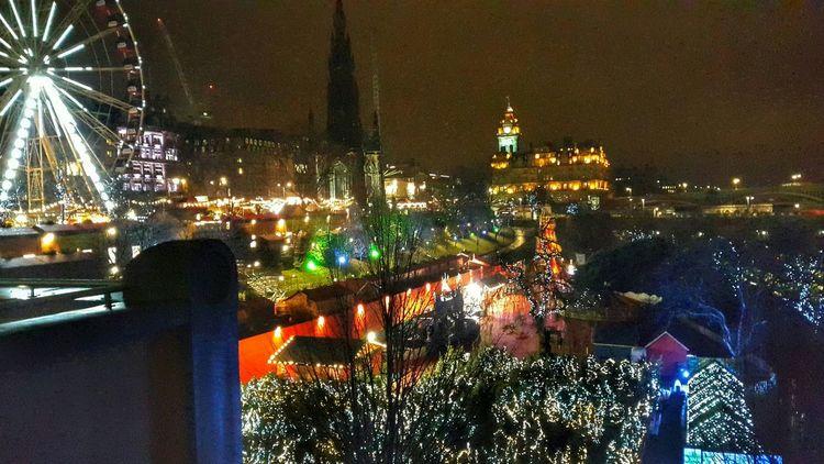Best Christmas Lights Mobilephotography Walking Around Edinburgh Urban Landscape Effects Xmas