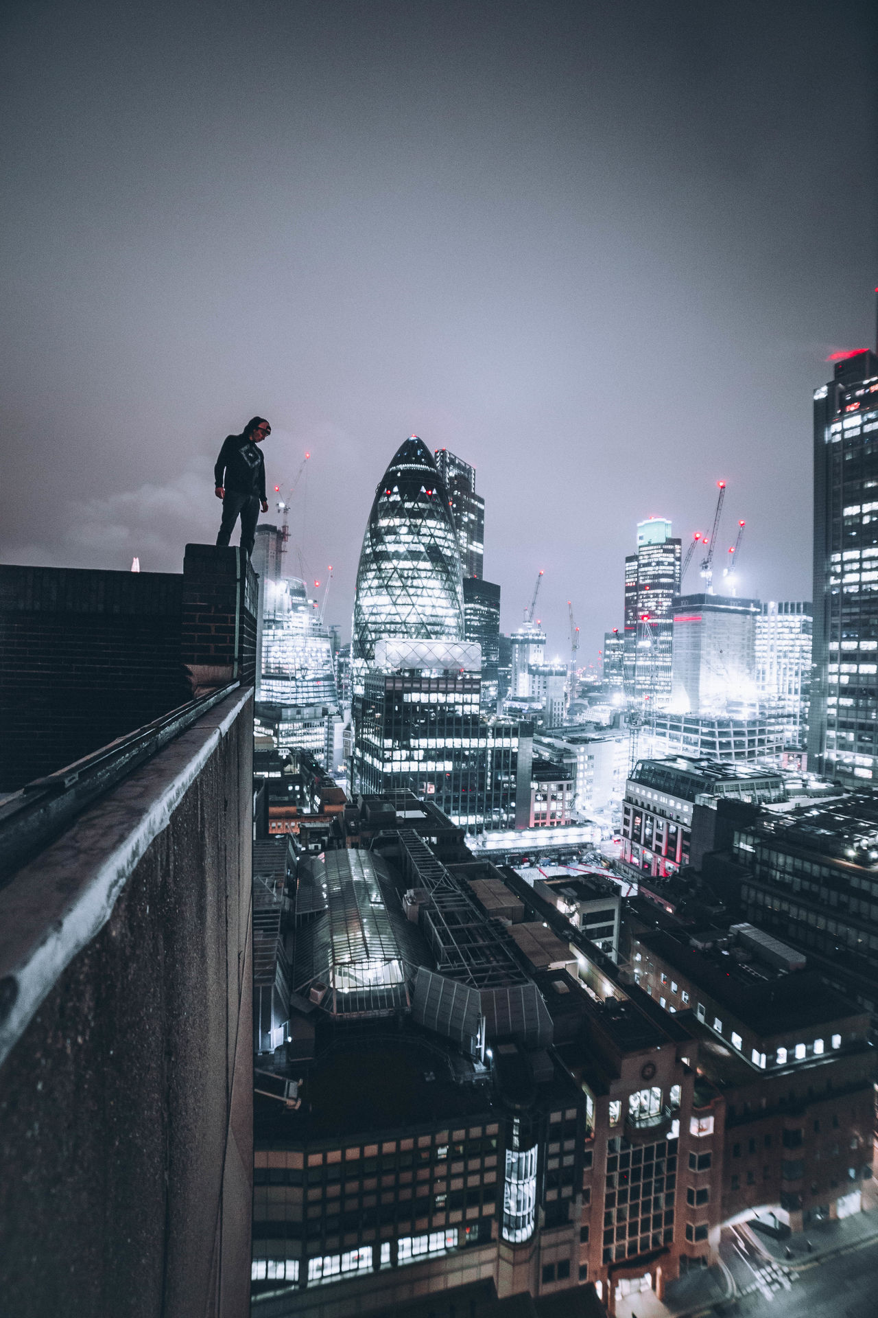BACK AT IT. Architecture Awesome Building Exterior Built Structure Check This Out City City City Life Cityscape Cool Exploring Illuminated London Night Outdoors People Rooftop Taking Photos Taking Pictures Urban Urban Skyline Urbex