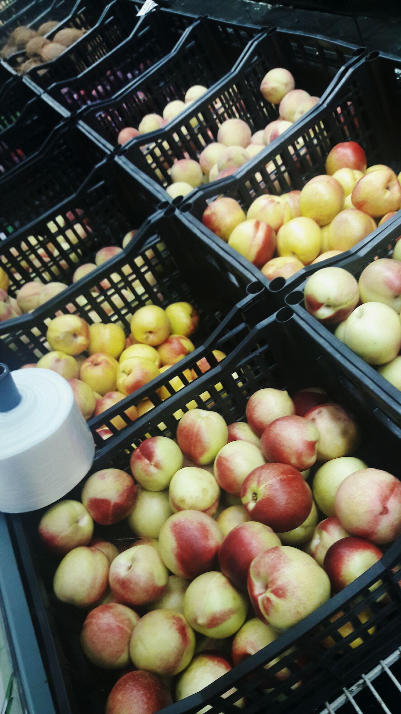 Fruits🍑🍎 Frutas Fruta Fruit Fruits Picoftheday Supermercado Supermarket Abundance Freshness Peach Durazno Duraznos Manzana Manzanas Coco Coconut