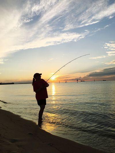 People Of The Oceans Fisherwoman Sunset Fun Sunset Ocean Time