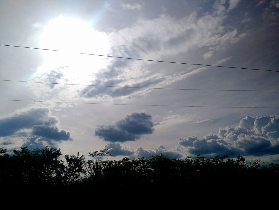 Sky Clouds No People Sky Day Nature Outdoors Beauty In Nature Blue Fresh Bealtiful Blue Sky A Day In The Life Natural Big Clouds
