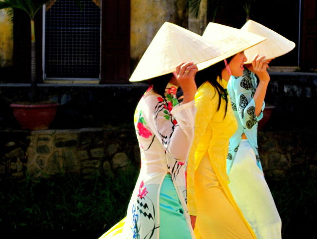 Ao Dai Ao Dai Vietnam Casual Clothing Day Fun Hoi An Hoi An, Vietnam Lifestyles Multi Colored Non La Non La Vietna Viet Nam Vietnam Vietnamese Vietnamese Girls Vietnamese Wedding View áo Dài ❤