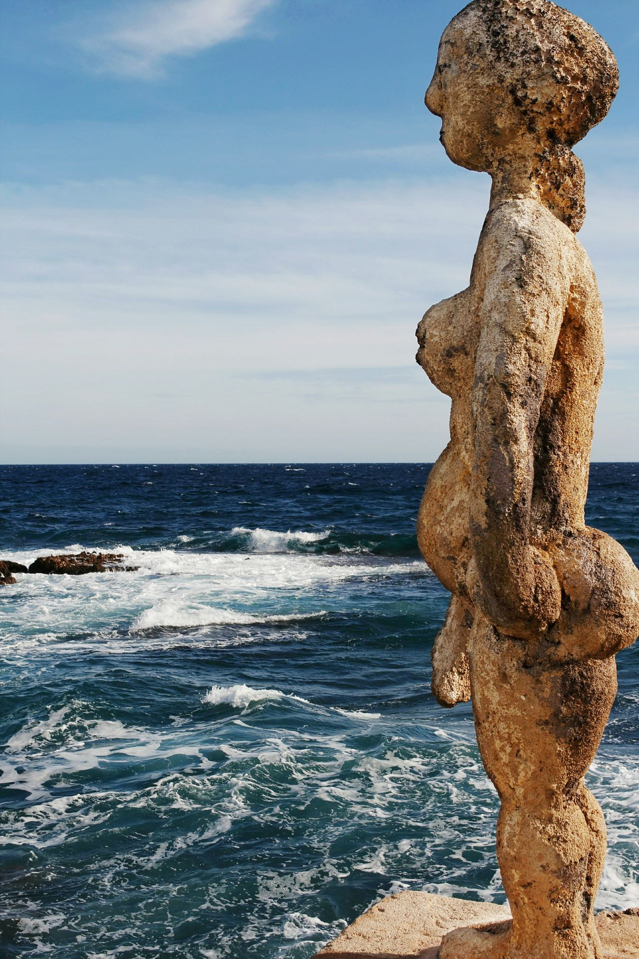 Art Photography Sculpture Sculptures By The Sea Sea Horizon Over Water One Person Outdoors Day Adult Check This Out Walking Around Taking Pictures Mallorca Tranquil Scene Hello World Mallorcaphotographer Respect For The Good Taste Let's Do It Chic! Canonphotography Canon EyeEm Gallery