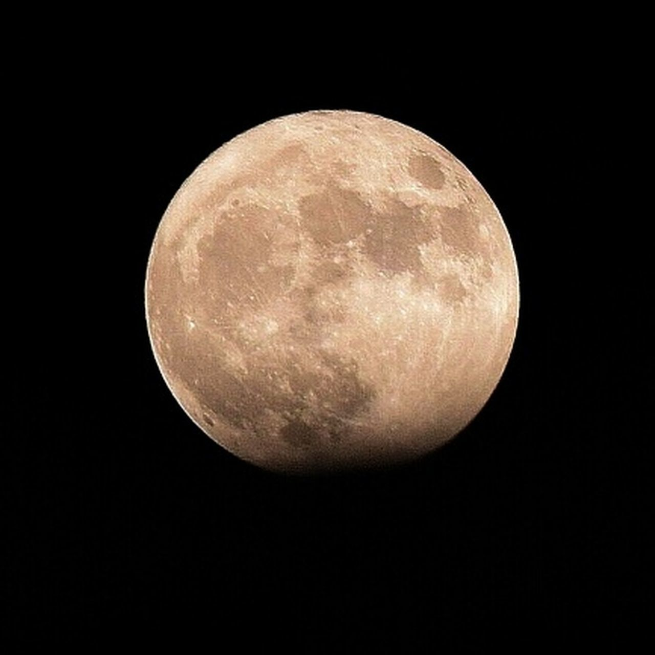 astronomy, night, moon, full moon, moon surface, planetary moon, space exploration, space, nature, no people, outdoors, beauty in nature, scenics, discovery, sky, black background, clear sky, close-up, satellite view