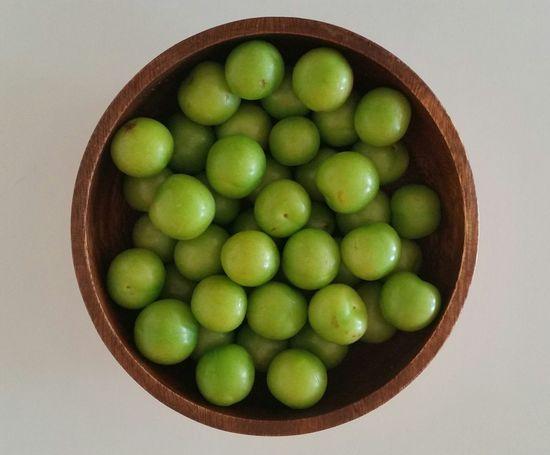 Plums Green Fresh Summertime Vitamins Healthy Healthy Food Healthy Lifestyle Organic Organic Food Organic Fruit Fruit Bowl