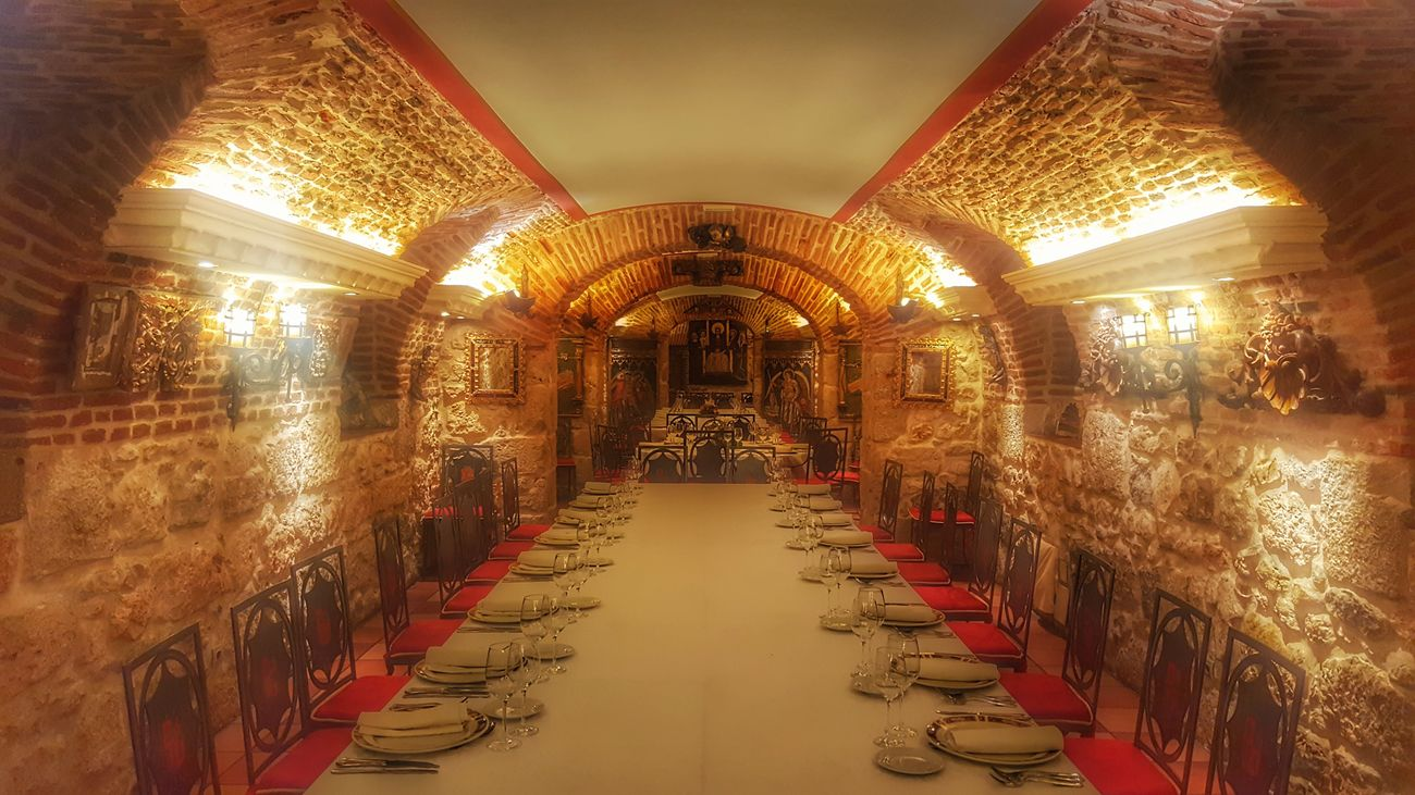 Gold Colored Luxury City Travel Destinations Indoors  Illuminated No People Gold Architecture Day SPAIN Valladolid EyeEm Gallery HDR Hello World Hdr_lovers Enjoying Life Taking Photos Hdr_gallery 3XSPUnity Hdr_Collection Relaxing