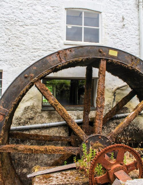 Devon Chagford Water Wheel Rust Chain Dartmoor National Park Dartmoor