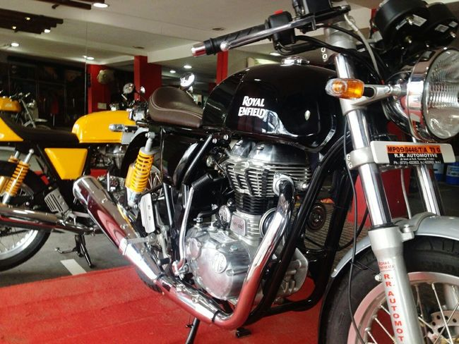 Royalenfield Caferacer Continentalgt