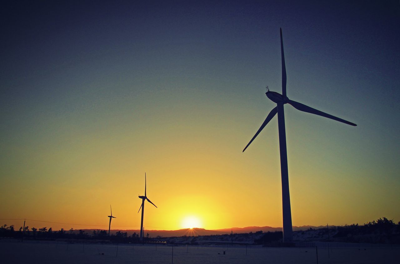 wind turbine, wind power, environmental conservation, alternative energy, renewable energy, fuel and power generation, windmill, sunset, industrial windmill, technology, silhouette, no people, traditional windmill, outdoors, rural scene, sky, nature, beauty in nature, day