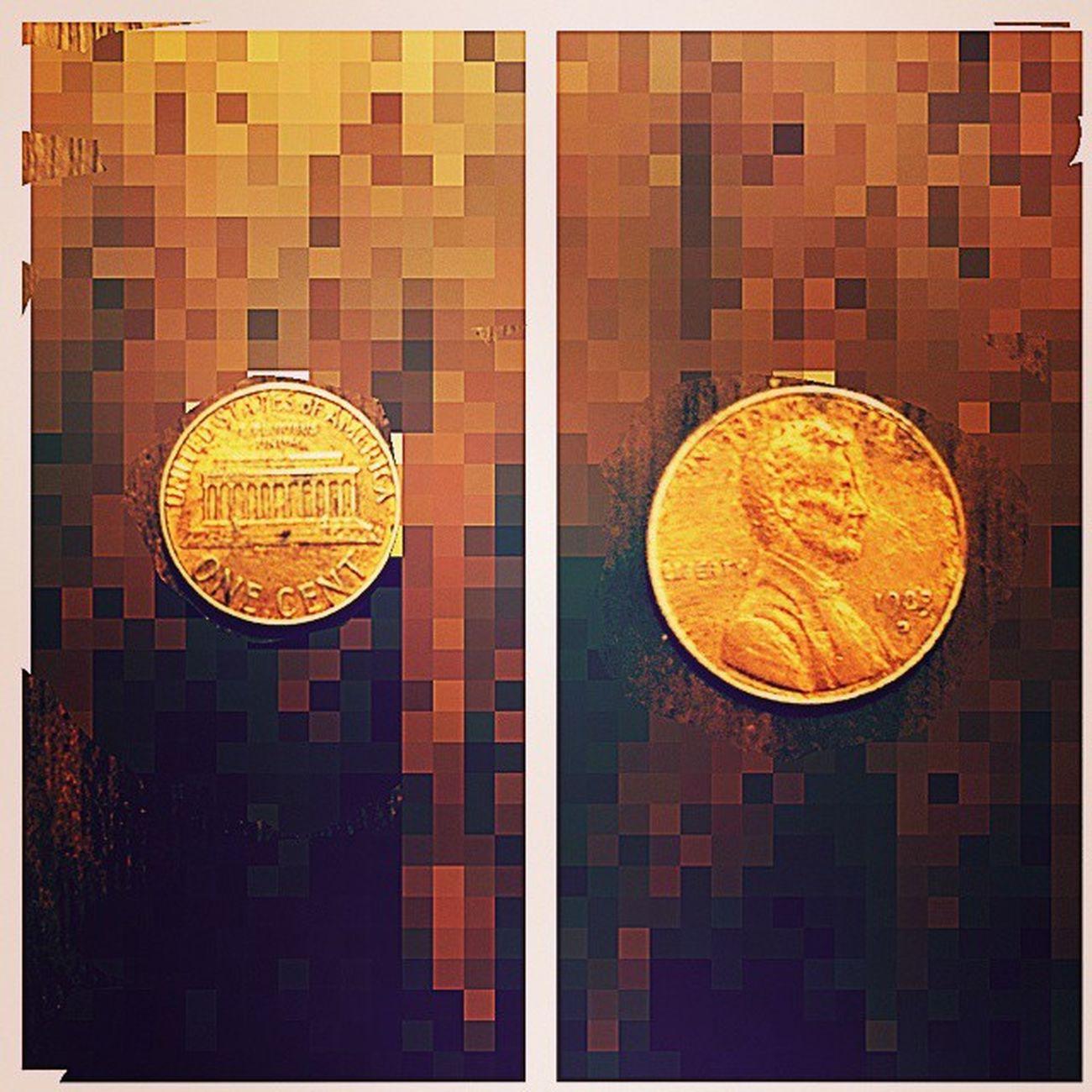 Um centavo Americano de 1983. ONE_CENT USA In_God_we_trust Liberty ABRAHAM_LINCOLN ☝👍👏👏👏 cymera MAIS_UMA_PARA_MINHA_COLEÇÃO Abraham Lincoln 16º presidente dos Estados Unidos (Exemplo não mais vivo de que quando cremos tudo se torna possível👏) 💀Assassinado em:15 de abril de 1865..