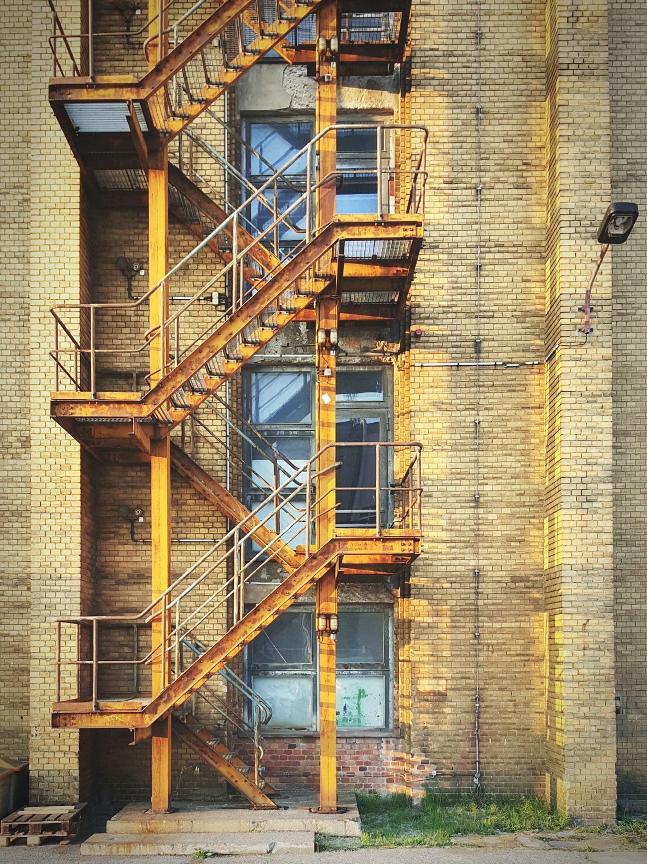 Hanging Out Taking Photos Stairs Fabric Industriekultur Bricks Steel Rusty Oberschöneweide Berlin