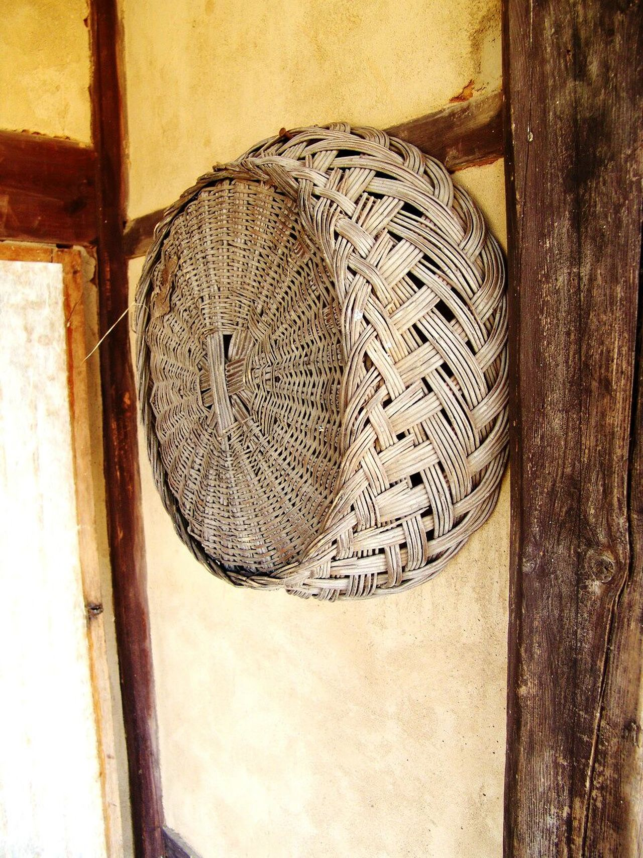 No People Day Indoors  Close-up Bamboo Basket Hand Made Hanging On Wall Wall Exterior Remote Place Huts Picnic Basket Bamboo - Material EyeEmNewHere EyeEmNewHere BYOPaper!