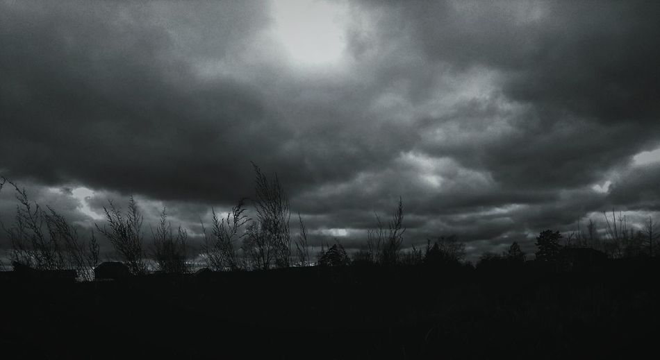 Storm Cloud Nature No People Silhouette Outdoors Dark Bad Weather Sky High Contrast