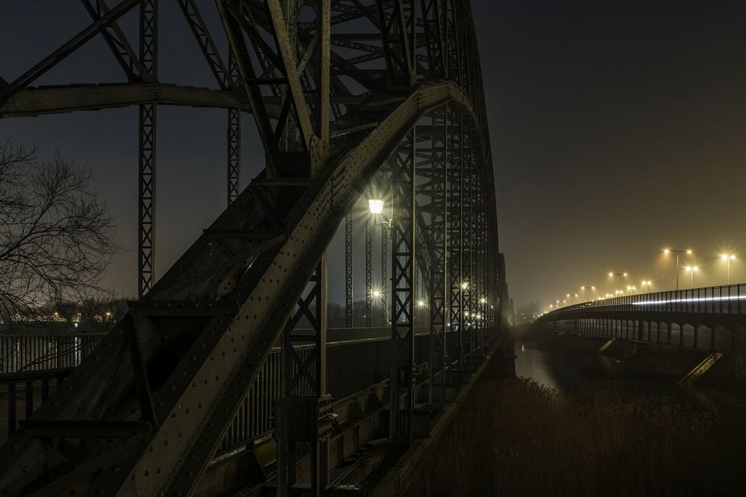 AltUndNeu Arch Architecture Bridge Footbridge Metal Night Lights Nightphotography Railing River Süderelbe