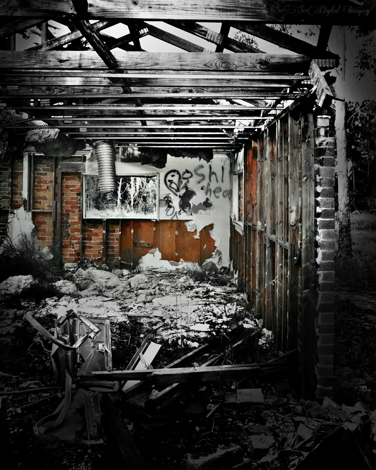 Abandoned Graffiti Old House Demolition