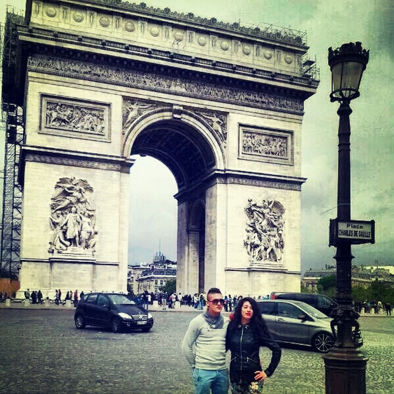 Arco Di Trionfo Paris, France  Beautiful Day