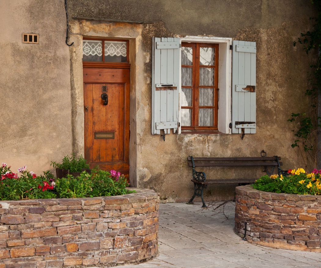 Traditional provencal homes at French Riviera Architecture Door Entrance French Lifestyle French Riviera Homes House Housefront Idyllic Idyllic Village Mediterranean  Mediterranean Lifestyle Traditional Typical France