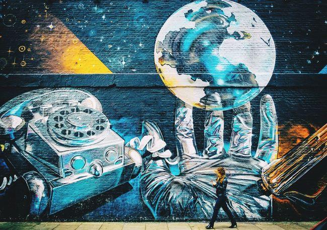Grafitti in Shoreditch, London Town Graffiti London UK 🇬🇧 Shoreditch Visual Picoftheday EyeEm Best Shots Eye4photography  EyeEm Gallery EyeEm Best Edits EyeEm Girl Walk Day Urban Nikon